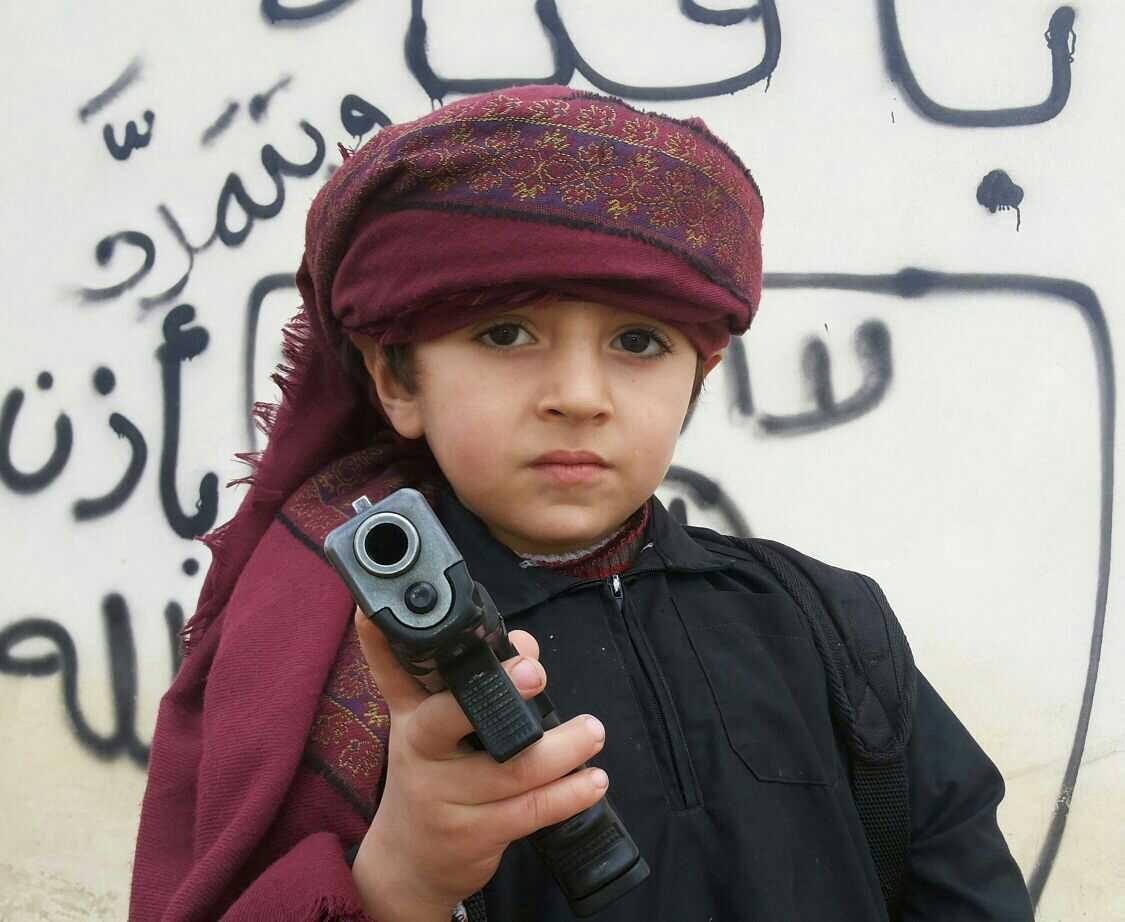 سلام في أسر داعش